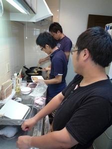 キッチンにて3人.jpg