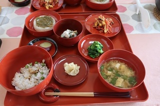 今日の精進料理2.jpg
