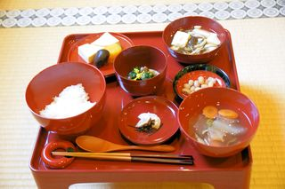 今日の精進料理JPG.jpg