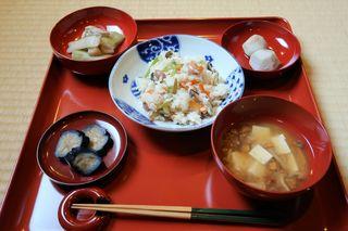 入りの日の精進料理.JPG