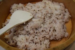 黒米で寿司飯.jpg