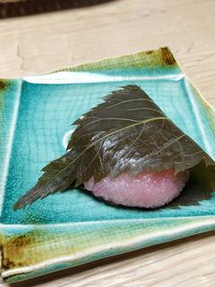 2IMG_3781桜餅お供え.jpg